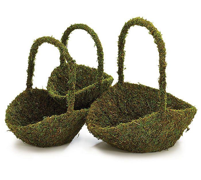 Have a unique Flower Girl Basket with a #burtonandburton wired frame basket covered in green moss! #wedding #flowergirl #basket