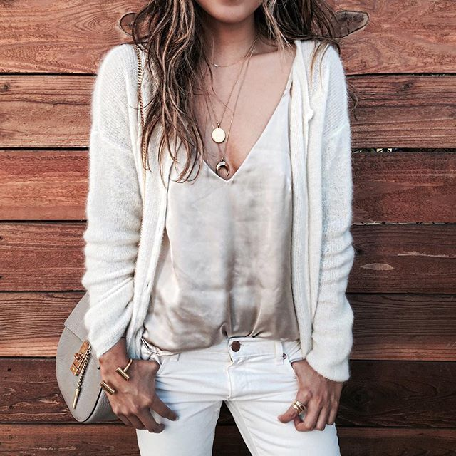 Neutral heaven today. ☁️ | @shop_sincerelyjules camisole