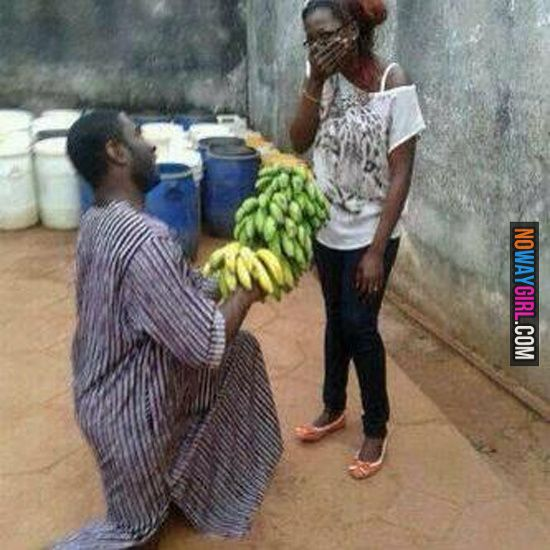 How Dominican Men Propose To Their Girlfriends