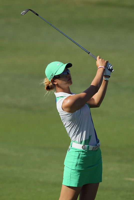Everyone had advice for Michelle Wie while she was on her way to missing the cut this week. I hope she has ear plugs!