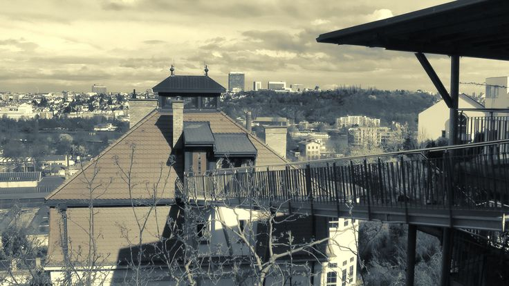 https://flic.kr/p/GhBrjC   Vila v Radlicích   Prague
