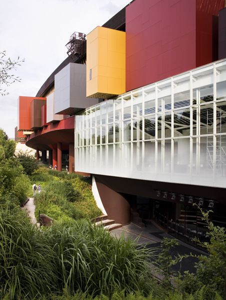 Musee Quai Branly,  Paris by Ateliers Jean Nouvel Architects  Peintures SOFRAMAP http://www.soframap.com/fr/references/