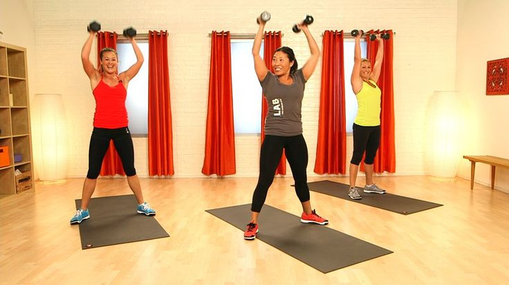 Short and Intense, This 10-Minute CrossFit Video Will Leave You Sweaty and Sore: Grab a set of dumbbells and get ready to get your CrossFit on with Reebok ambassador Yumi Lee.