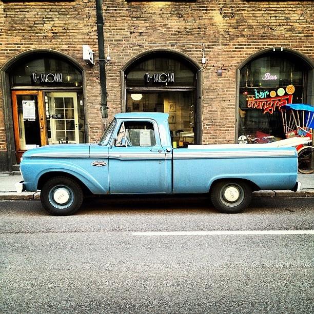 Old Ford #töölö #helsinki by Stephen Sutton, via Flickr