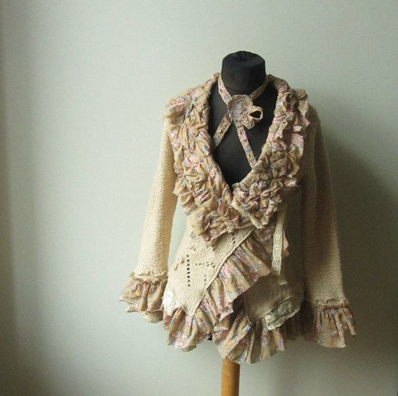 Upcycled lambeaux Wrap Chic minable Cardigan, Chintz, Print Rose crème jaune pull, Cardigan Long Repurposed, Mori Girl Sweater