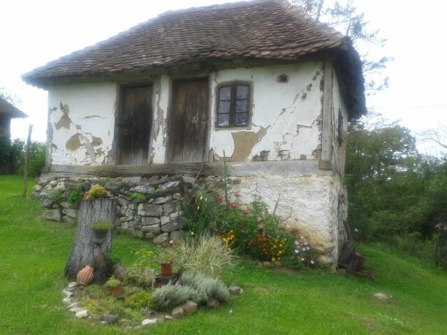 "My garden ♥ ""Vajat"" Old Serbian house (1912)"