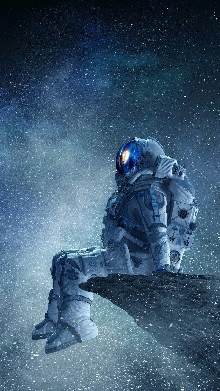 Astronaut Space Wallpaper Android Download in 2020