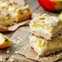 Sweet Apple Pie Bars