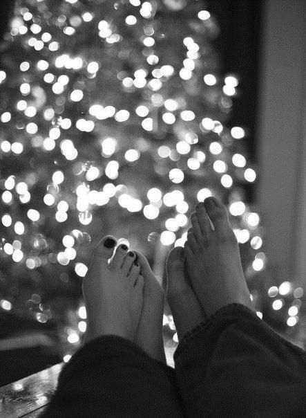Best ways to rekindle romance at Christmas time