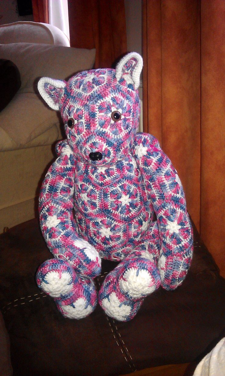 Baby Bear Lollo African flower Bear-Crochet Pattern by - Heidi Bears - ( available at , Http://heidibearscreativeblog spot.com ).