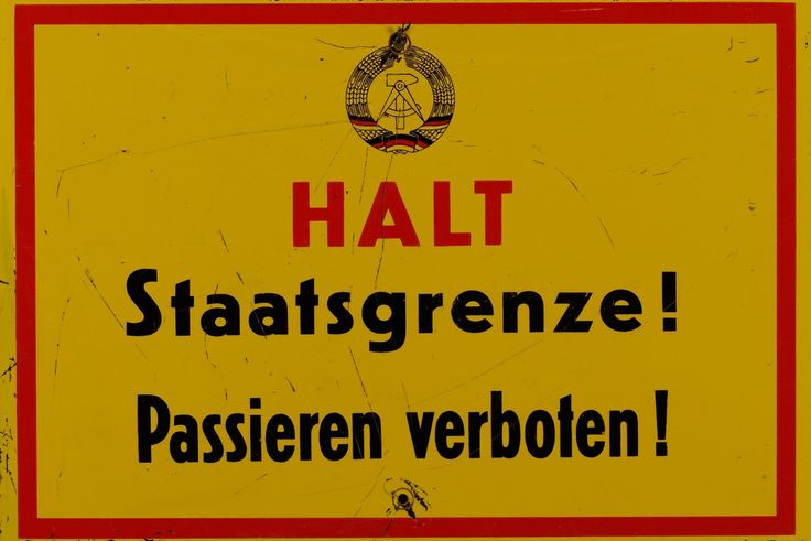 ddr-grenzschild_alltagskultur_H-1999-08-0017.jpg (1280×854)