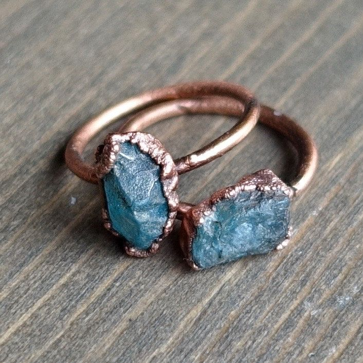 Blue apatite crystal ring | Raw apatite ring | Raw stone ring | Electroformed ring | Stacking ring | Raw crystal ring | Copper ring by HeartHouseStudio on Etsy