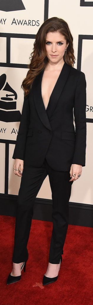 Remember when Anna Kendrick looked this sexy in a Band of Outsiders suit at the Grammys?