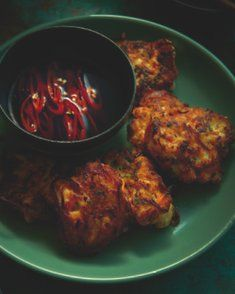 Crispy Prawn Cakes with Chili-Vinegar Dipping Sauce