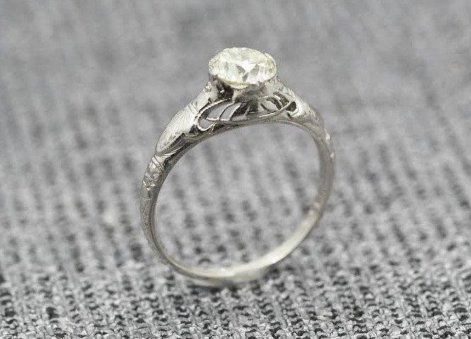 Antique Edwardian Platinum Engagement Ring w/ .80ct Light Yellowish Old European Cut Diamond VEG #7 von VermaEstateJewels auf Etsy https://www.etsy.com/de/listing/225380508/antique-edwardian-platinum-engagement