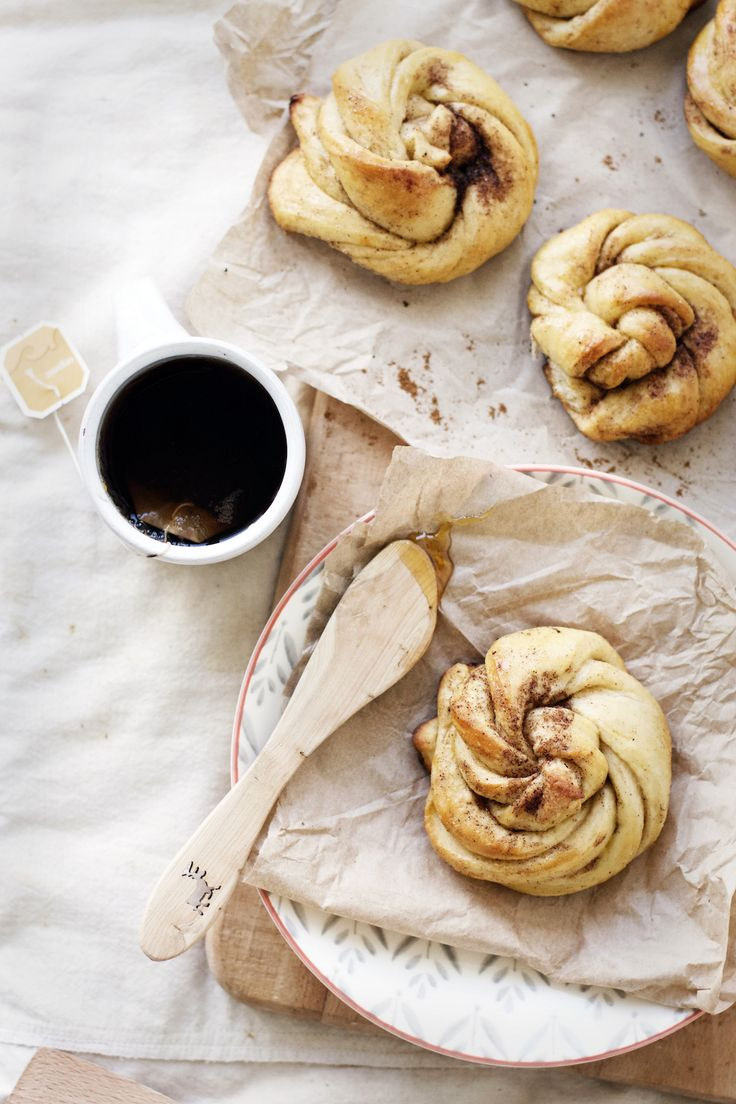 ... Honey butter cardamom buns ...