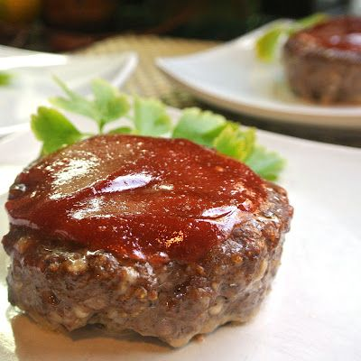 Gluten Free Individual Mini Meatloaf- made these last night! i subbed the worstichere for a little Dijon mustard and omitted the honey/agave. Delicious!!