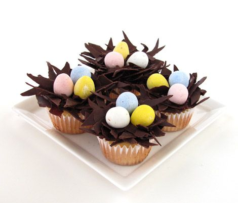 Yummy <3: Nests Cupcakes, Birds Nests, Egg Cupcakes, Easter Eggs, Easter Cupcakes, Eggs Cupcakes, Easter Treats, Cupcakes Rosa-Choqu, Easter Ideas