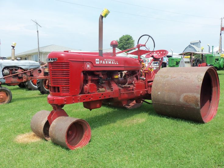 Farmall H On Steel Wheels Amish : Images about tractors on pinterest john deere old