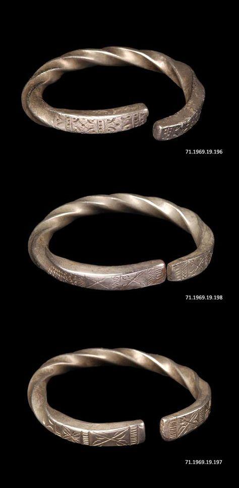 Indonesia - Greater Sunda Islands, Sumatra | Silver bracelets from the Minangkabau.  | ©Quai Branly Museum.