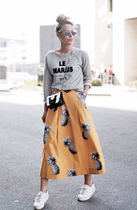 Loose fitting sweatshirt and flowy, maxi pineapple skirt. The perfect comfortable yet put together look for Spring and early Summer