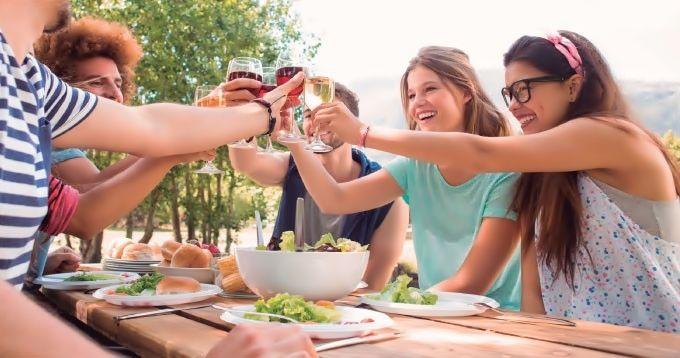 Dieta Mediterránea y consumo moderado de vino mejoran la salud cerebral