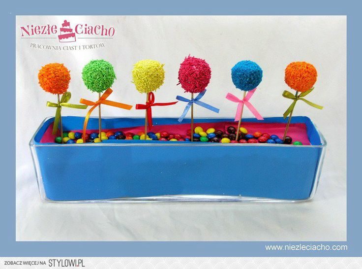 Cake pops, lizaki, ciasteczka, słodycze, cukierki, słodki stół, słodkie stoły dla dzieci, cup cake, urodziny, słodycze na urodziny, tort urodzinowy