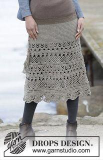 """Lady Lace - Gehaakte DROPS rok met stokjes en kantpatroon, wordt van boven naar beneden gehaakt van """"Merino Extra Fine"""". Maat S-XXXL. - Free pattern by DROPS Design"""