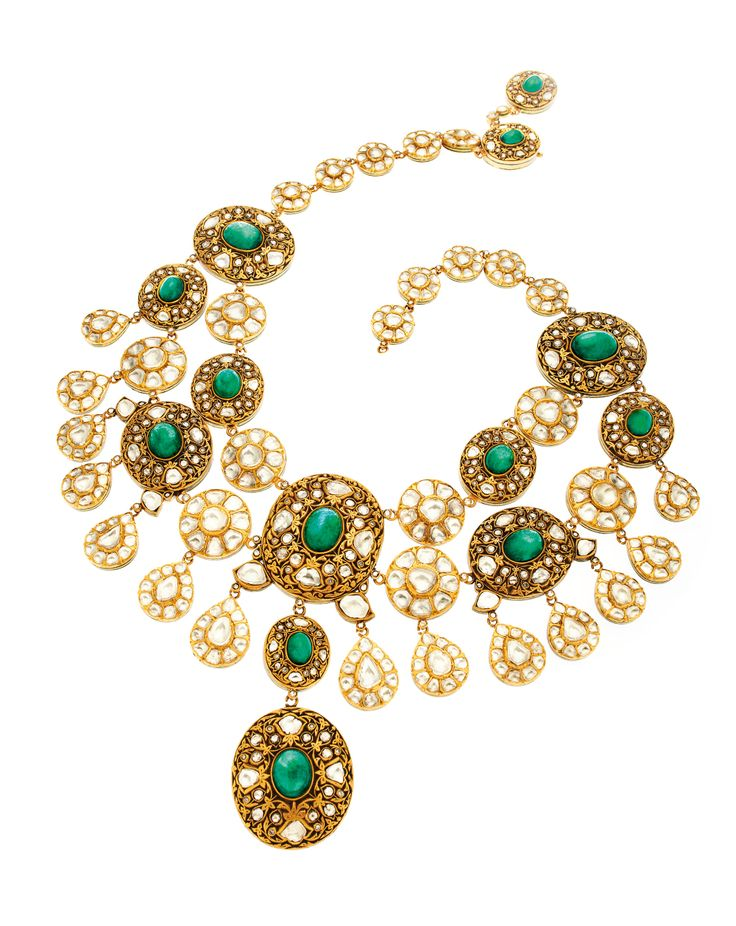 'Kantha' emerald cabochons and rosecut diamonds set in 22K gold necklace