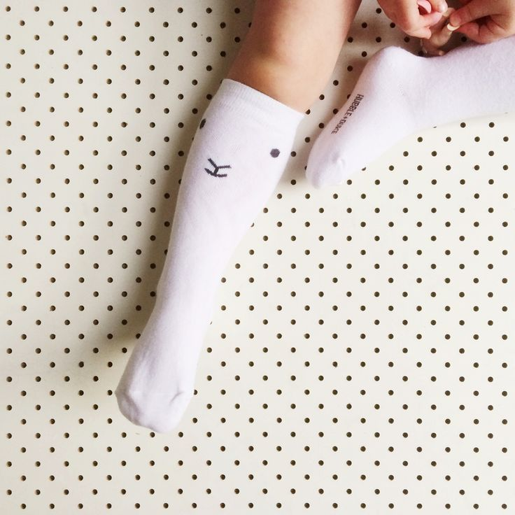 Our new season Knee High Socks are just the cutest! The perfect addition to your baby or toddler's outfit with a vintage feel, guaranteed to turn heads and make people cluck and swoon! Designed in Fremantle, Western Australia to match in beautifully  with our new Tshirts, Jumpers and handmade linen Rompers! Available now in sizes:S/ 0-18m (23cm with 11cm foot + stretch)M/2-4yrs  (27cm with 14cm foot + stretch)