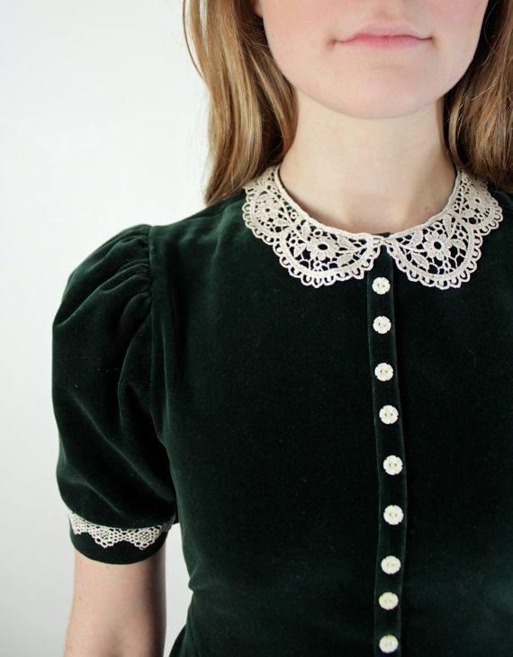 1980s Lace Peter Pan Collar Dress