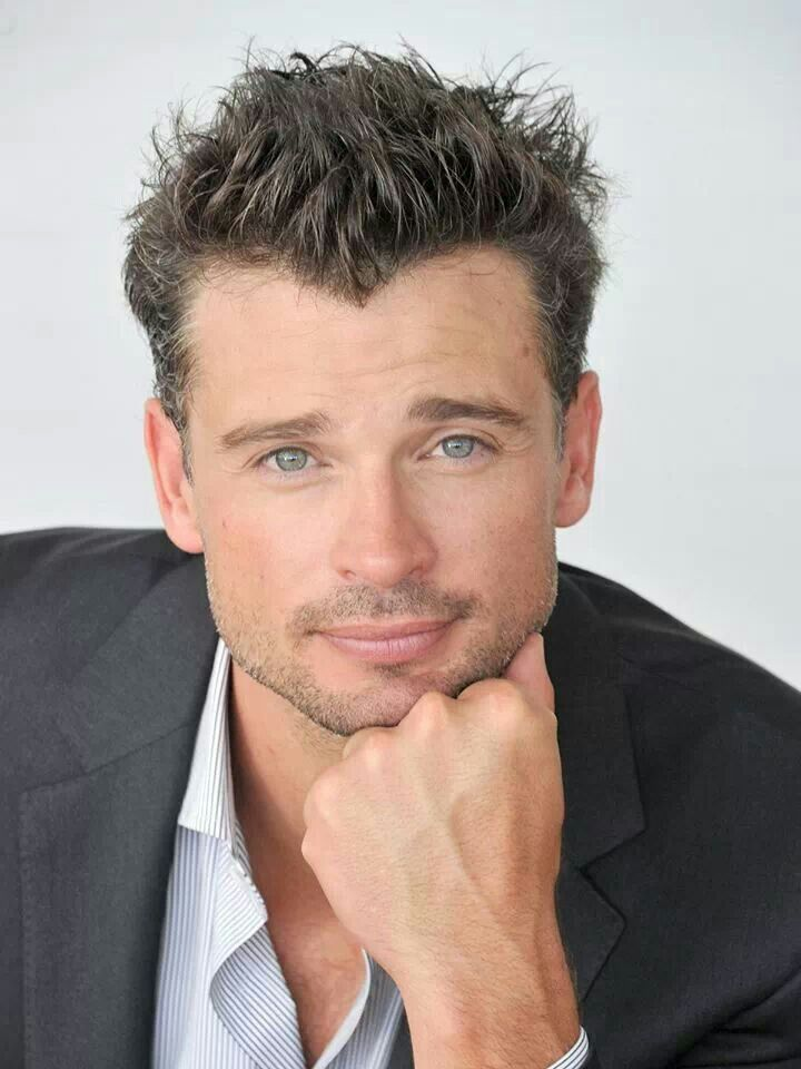 Actors on Pinterest | Colin Egglesfield, Tom Welling and Theo James