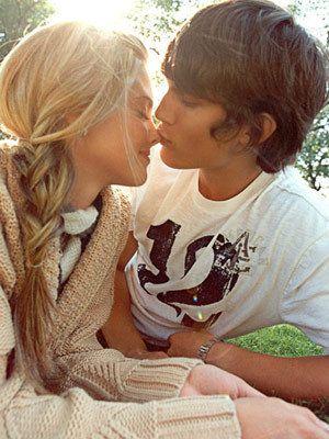 awww nose kiss :)