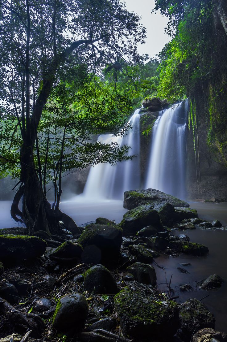 "The waterfall from the movie ""The Beach"". Khao Yai National Park. Thailand. Davidsun. [OC][3600x5500]"