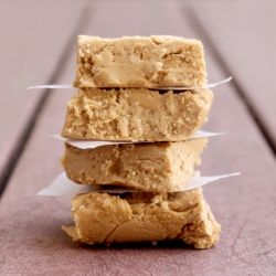 Trader Joe's Speculoos Cookie Butter turned Fudge..... super easy, SUPER delicious: Cookies Butter, Butter Fudge, Trader Joe Cookies Recipes, Sweet Treats, Cakes Recipes, Speculoo Cookies, Sweet Tooth, Joe Lists, Yummy Treats
