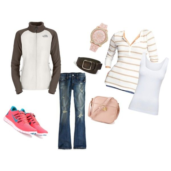 Casual outfit. Sneakers, The Northface jacket.