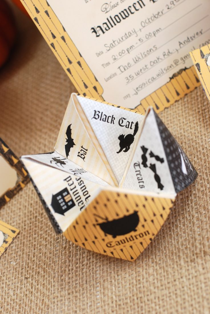 Halloween / Printables / Labels, Invitation & Cootie catcher