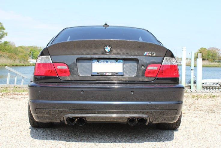 E46 M3 with Status Gruppe CSL Trunk lid