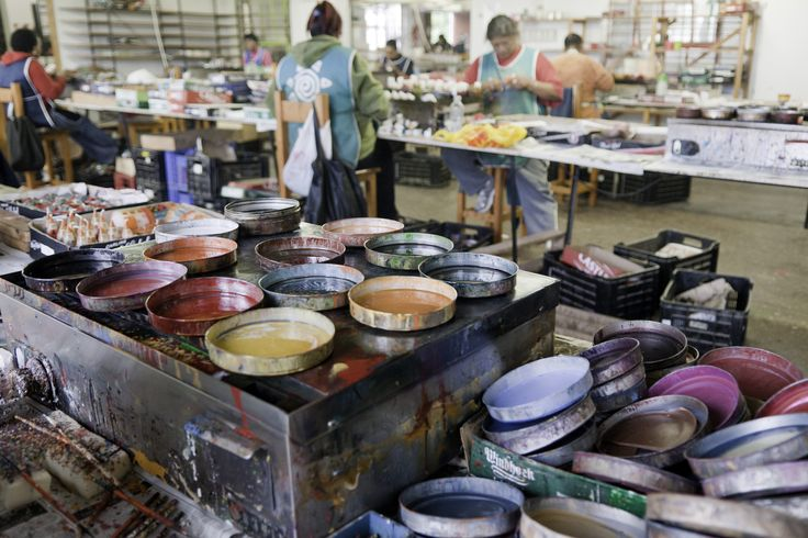 Hand painting candles - a busy days work! #handpaintedcandles #africancandles #giftswithacause #savetherhino #handmadeproducts #giftbaskets