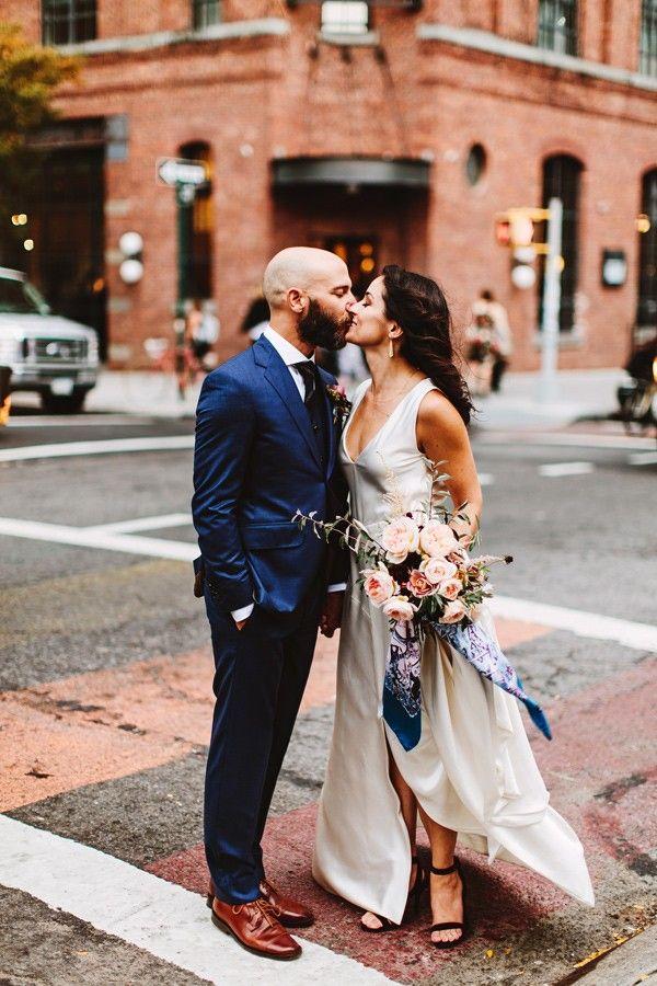 Ruffled - photo by Pat Furey http://ruffledblog.com/stylish-williamsburg-wedding   Ruffled