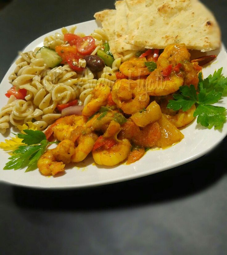 Curried shrimp,pasta salad and naan #curriedshrimp #pastasalad #naan