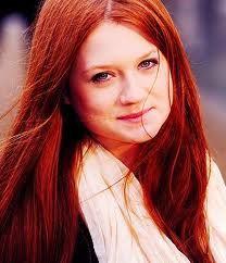 Photo de femme aux cheveux teint cuivr cheveux roux ou - Coloration roux cuivre ...