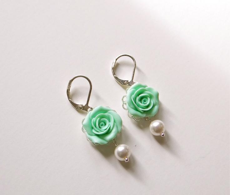 Soft Mint Green Rose Earrings, Mint Green Flower Earrings, Mint Green bridesmaid Earrings, Mint Green wedding Jewelry.