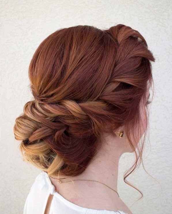 Peinado con trenza para novia
