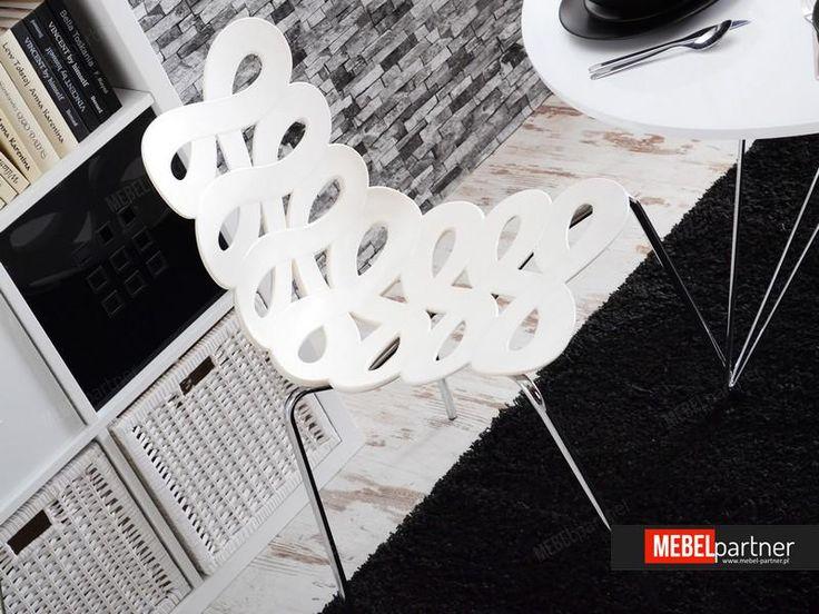 Nowoczesne krzesło z tworzywa TRACKS białe - w aranżacji
