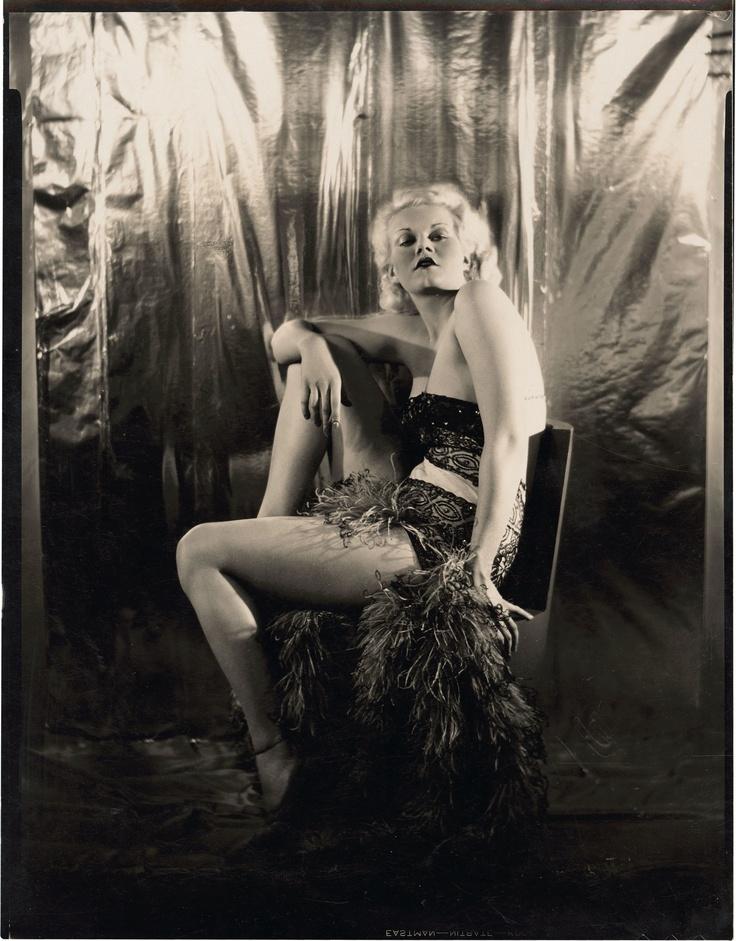 Gorgeous Jean Harlow.
