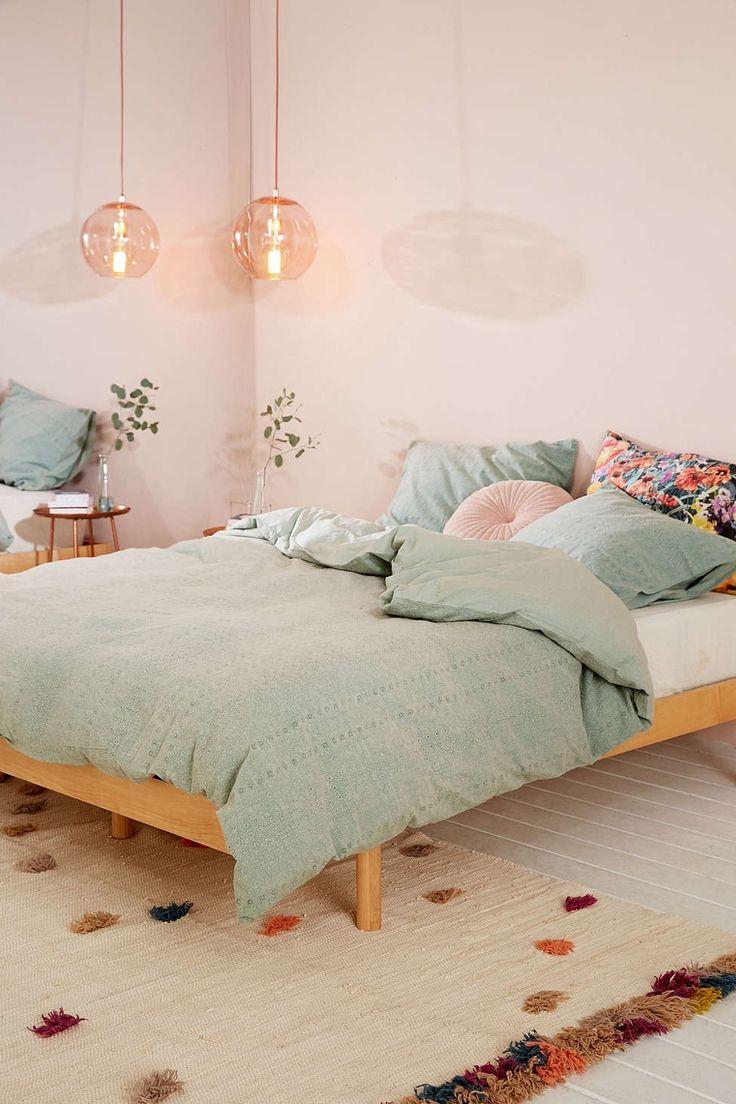 best 25+ pink walls ideas on pinterest | retro bedrooms, retro