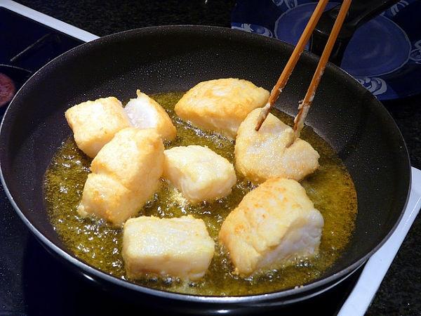 La comida frita en aceite de oliva o girasol no incrementa el riesgo cardiovascular