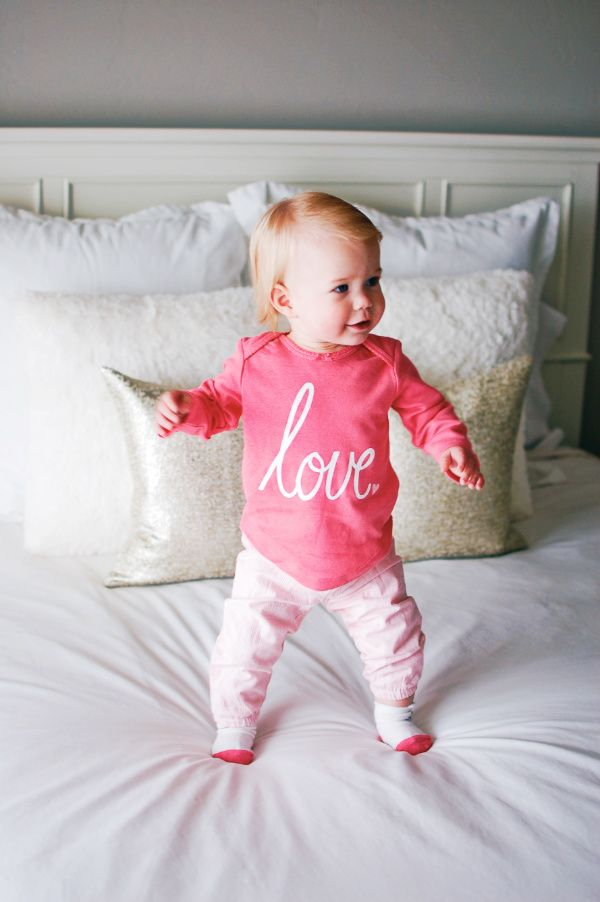 Get a @cartersbabykids coupon code on the blog! | Baby girl clothes | carters baby girl | carters baby clothes #AD #lovecarters