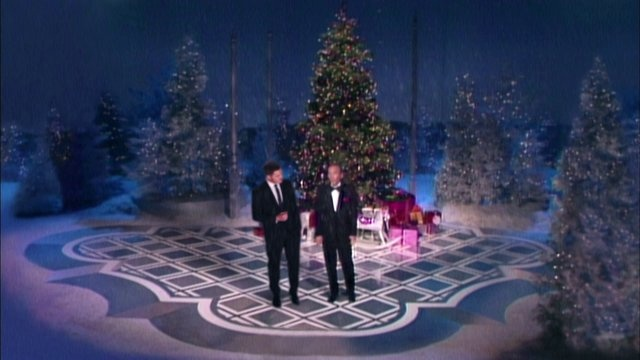 Bing Crosby and Michael Buble! Ladies and gentlemen, Christmas classic, instant Christmas tradition! It's Christmasy, tetchy, and nostalgic! I love it!